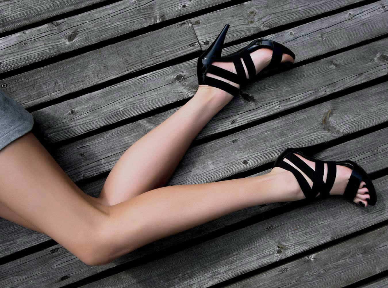 Puma Carson Runner Damen Schuhe Sneaker 13 women. PUMA Women's Carson Mesh WN's Competition Running Shoes. by PUMA. $ - $ $ 30 $ FREE Shipping on eligible orders. Peep-Toe Flat Buckle Shoes Roman Summer Sandals Sommer Schuhe Damen Sandalias Mujer.